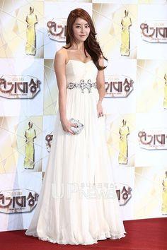 Jeong Yoo-mi (정유미)