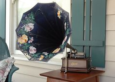 Spotter's Guide to the Edison Standard Phonograph