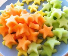 Love these stars! --> How to get kiddies to eat fruit, via @eatspinrunrpt