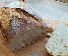 Zemiakový chlebík bez miesenia, vydrží aj týždeň Banana Bread, Desserts, Food, Tailgate Desserts, Deserts, Essen, Postres, Meals, Dessert