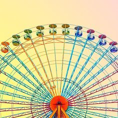#candminimal  #patternlife = #unreal   - @mattcrump @candy.minimal  #acolorstory #ferriswheel #summerlove by this.patterned.life from Instagram