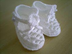 Diy Crafts - -Crochet Pattern No. 103 Crochet Pattern No. Crochet Baby Sandals, Crochet Baby Beanie, Baby Girl Crochet, Crochet Shoes, Crochet Baby Booties, Crochet Slippers, Love Crochet, Crochet Motif, Crochet For Kids