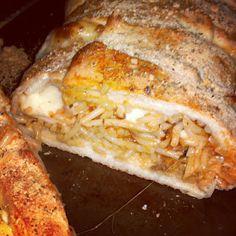 spaghetti baked inside garlic bread
