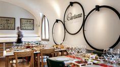 A Cartuxa acaba de abrir, em Évora, uma enoteca onde não se serve apenas vinho a copo mas também comida alentejana reinventada sob a forma de petiscos e com consultoria do chef Vítor Sobral.