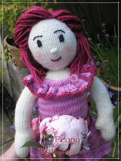 Ravelry: Peony Doll pattern by MagdaLaine