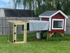 Trictle's Chicken Coop With Plans | BackYard Chickens - Learn How to Raise Chickens Chicken Coop Plans Free, Small Chicken Coops, Backyard Chickens, Raising Chickens, Easy Diy, Shed, Outdoor Structures, How To Plan, Chicken Coups