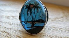Stunning vintage sterling butterfly wing ring in Presentation