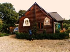 CONTACT Saint Martin, Cabin, House Styles, Nature, Home Decor, Naturaleza, Decoration Home, Room Decor, Cottage