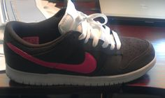 the latest 1eb21 ee48e Nike Dunk Low.... Brown  pink... lovely combo