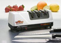 Tired of dull knives? Are you looking for a easy and fast way to sharpen you kitchen knives? Then take a look at the best chefs choice knife sharpener. Best Electric Knife Sharpener, Best Knife Sharpener, Knife Sharpening, Chefs Choice Knife Sharpener, Silicone Kitchen Utensils, Chef's Choice, Fillet Knife