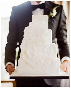 Dublin Elegance from Pretty As A Picture + The Bridal Lounge + Christina Brosnan Gorgeous Wedding Dress, Beautiful Bride, Elegant Wedding, Dream Wedding, Wedding Planning Inspiration, Wedding Ideas, Black Tie Wedding, Unique Cakes, Gorgeous Cakes