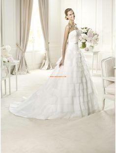 Robe de mariée mousseline princesse cristal col en coeur