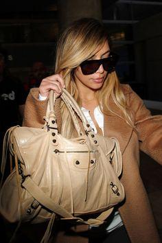 Célébrités * Kim Kardashian * Balenciaga City Bag
