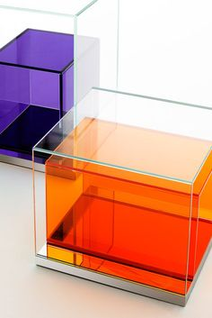 A display case presents the inner-self of the creator. With a look at the display case, you can know the person inside. There are DIY display case ideas. Plywood Furniture, Glass Furniture, Ikea Furniture, Colorful Furniture, Furniture Design, Lucite Furniture, Furniture Movers, Handmade Furniture, Chair Design