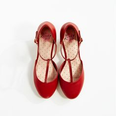 Gene Red Round Toe Tap Shoes | Vintage Shoes - Lindy Bop