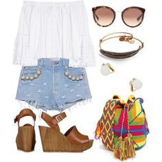 Chill friday#comfy#summerstyles #chic#summertime#classic#stylist #modadeverano#summeroutfits #shorts #wayuubag.