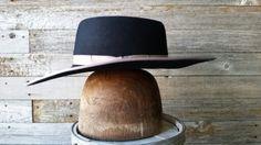 Buckaroo hat black