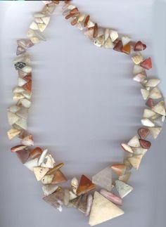 Africa   Quartz necklace of a style used in Lere Mali. Also found in sites in western Sudan (Mali and Mauritania. Bead age circa 1200-1400   ©  Linda Pastorino