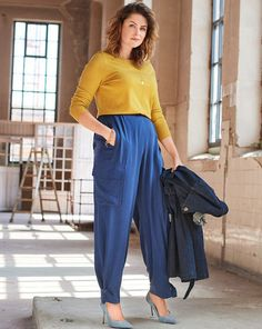 Magazin Schnitt Cargohose 01/2020 #126 Abaya Mode, Style Magazin, Harem Pants, Trousers, Abaya Fashion, New Shop, Pumps, Parachute Pants, Plus Size