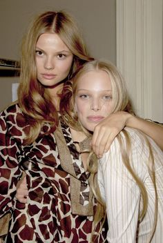 Magdalena Frackowiak & Tanya Dziahileva backstage somewhere 🍂✨🍂✨🍂 Fashion Tv, Couture Fashion, High Fashion, Tanya Dziahileva, Celebrity Skin, Celebrity Style, Models Backstage, Catwalk Models, Zombie Girl