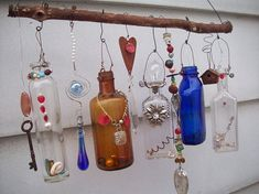 Beaded Wind Chimes Ideas - Example of Made when ordered Bottle Chime/Vintage Bottles Bottle Art, Bottle Crafts, Do It Yourself Design, Antique Chandelier, Chandelier Crystals, Diy Wind Chimes, Altered Bottles, Vintage Bottles, Bottles And Jars
