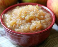 Tout simplement la recette de compotes de pommes la plus facile à faire dans la mijoteuse!