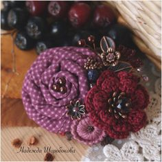 """Купить Брошь """"Спелая осень"""" - лиловый, малиновый, лиловая брошь, брошь из ткани, текстильная брошь"""