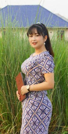 Sheer Mesh Sleeve Glitter T-Shirt Beautiful Girl Indian, Beautiful Girl Image, Burmese Girls, Myanmar Women, Asian Model Girl, Cute Asian Girls, Cute Woman, Asian Woman, Vestidos