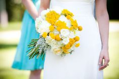 favorite wedding colors. tiffany blue and yellow!