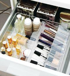 Lots of great make-up organization tips!