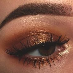 12 Glamorous Makeup Ideas For Prom - makeup augen hochzeit ideas tips makeup Makeup Goals, Makeup Inspo, Makeup Art, Makeup Inspiration, Makeup Tips, Makeup Ideas, Makeup Trends, Makeup Products, Nail Ideas