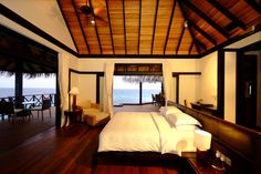 Architecture, Fetching Beach House Interior Decorating Bedroom Ideas Of Beach House Iruveli–Maldives With Beautiful Landscape Sea View Vaulted Ceiling Bright Wall White Bedding Wo: Beach House in Various Designs According to Colors and Its Materials