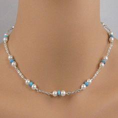 Collar perlas y cadena. Ensayar