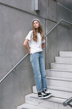 Vans Skate Hi's and a pair of washed out jeans, really easy look! Absolute TOMBABE and a half!