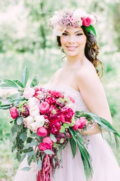 Flawless Hair and Airbrush Makeup. Laura Reynolds Artistry. Professional On Location hair and makeup artists. Orlando Makeup artist, Orlando Hairstylist. Flower Crown. Wedding Makeup.