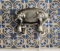 Old Tiles <3