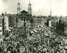 Amsterdam: Het Waterlooplein omstreeks 1950 Victoria Hotel Amsterdam, New Amsterdam, Amsterdam Holland, Dam Square, Paris Skyline, Netherlands, Royal Palace, Train Station, Asd