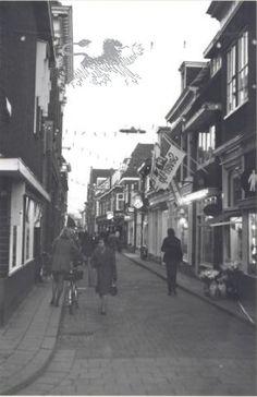 nieuwe oosterstraat 1975 Historisch Centrum Leeuwarden - Beeldbank Leeuwarden