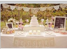 LOVE. i love how clean it is and the presentation. really love the simplicity of the banner and the overall shabby chic ambiance.