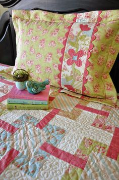 Flanged Sham with Applique Insert--Like this pillow sham idea.