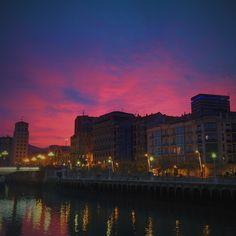 Bilbao #subset #atardecer #bilbao #sky #nubes