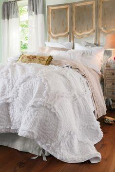 Sansa Quilt - Summer Quilt, Light Summer Bedding, Cotton Quilt | Soft Surroundings