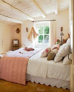 UN PRECIOSO DORMITORIO RUSTICO [] NICE RUSTIC BEDROM (via Bloglovin.com )