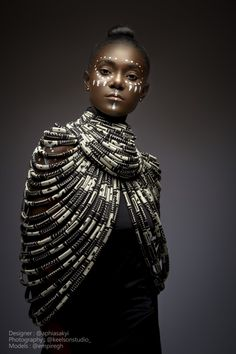 This African fashion jewelry is called WINNIE MANDELA , it is made with high quality fabric and can change the look of an outfit in seconds, . African Necklace, African Jewelry, Skin Girl, Afro, Tribal Makeup, Body Necklace, African Accessories, Fashion Accessories, Black Women Art