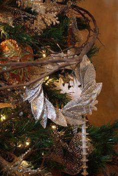 Sweet Something Designs: Glitter Bayleaf Ornament