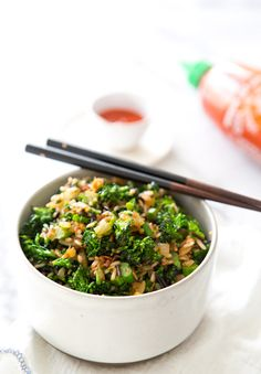 Broccolini fried rice with spicy vegetable. Vegetarian Main Dishes, Healthy Dishes, Vegetable Dishes, Tasty Dishes, Vegetarian Recipes, Healthy Recipes, Broccoli Fried Rice, Whole Food Recipes, Cooking Recipes