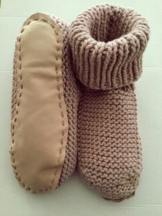 Nola slippers (free ravelry pattern). I added leather soles