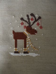 Broderie au point de croix RENNE DE NOEL in Loisirs créatifs, Couture, broderie, tricot, Broderie, canevas | eBay