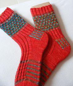 Ravelry: Samenbreien Bessen pluk sokken / Mystery Berry Picking Socks pattern by Dirkje Koenders