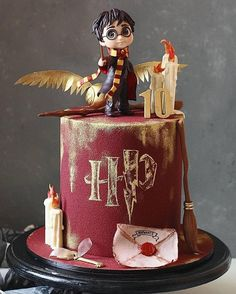 Harry Potter Theme, Fairytale Castle, Cake Art, Party Planning, Cupcake Cakes, Fairy Tales, Sweets, Baby Shower, Birthday Cakes